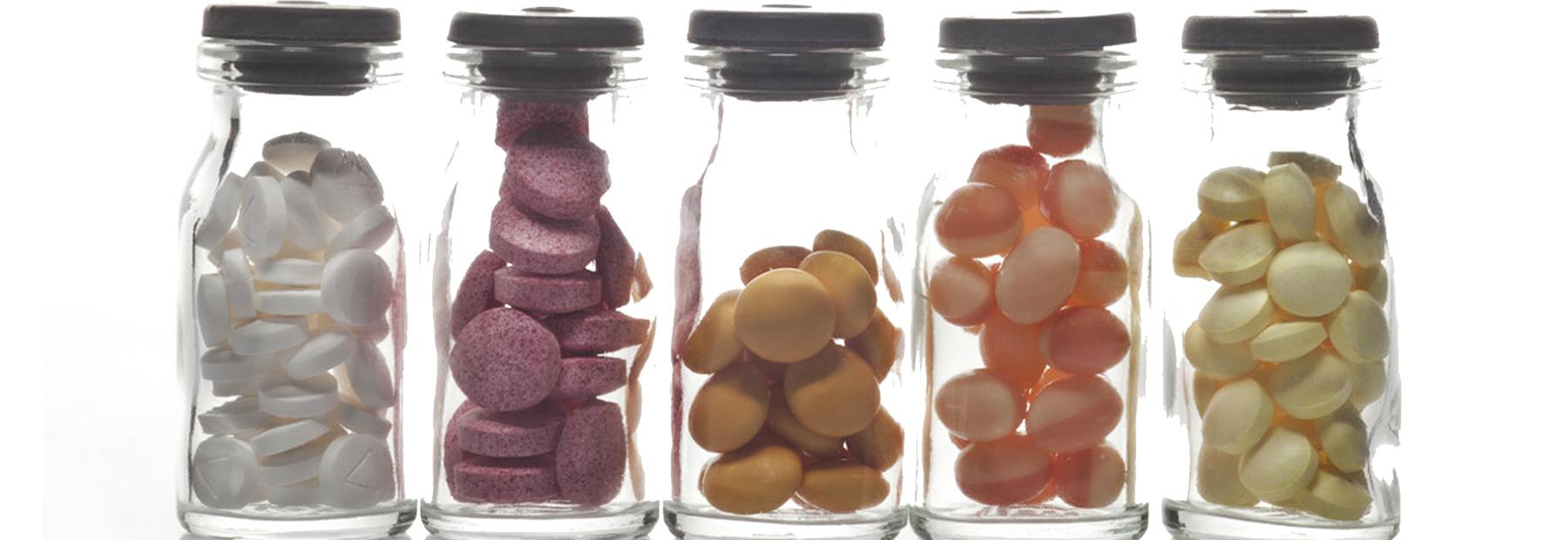 Consumo de medicamentos, entre las exigencias del mercado y la salud de la gente